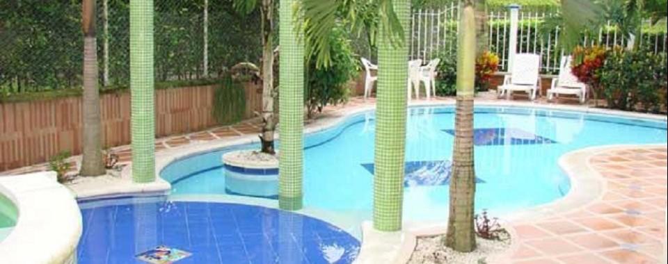 Piscina. Fuente: Hotel Campestre Palma Verde Fanpage Facebook